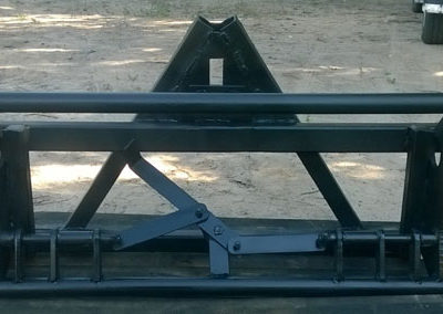 Рамка УРА-Е 1200 на заднюю навеску трактора